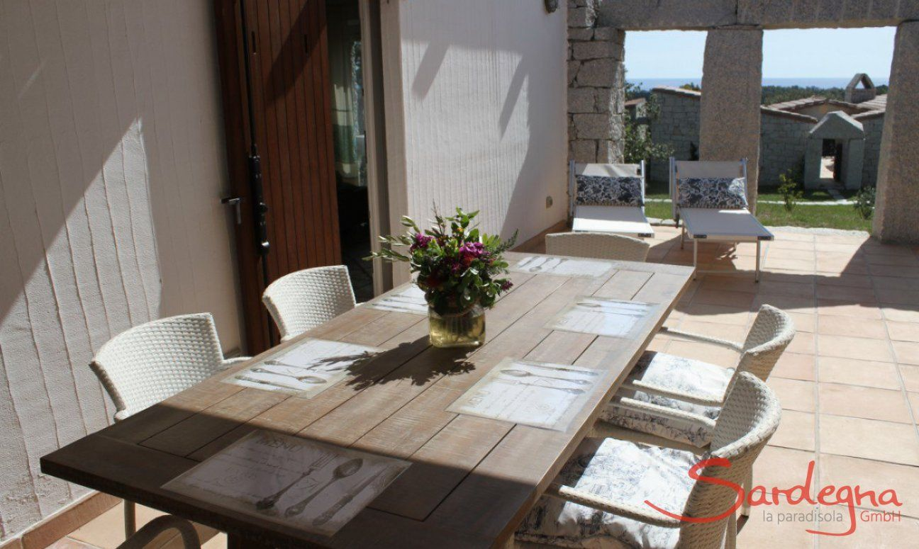 Tavolo da pranzo esterno