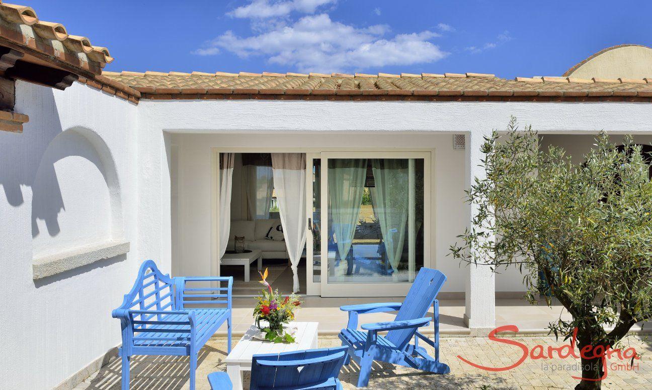 Moderna Con Piscina Privata E Cortile Interno Sardegna Villa It