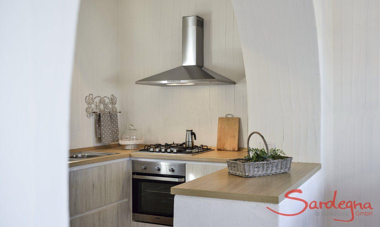 Cucina con forno, fornelli a gas e lavstoviglie Li Conchi 9, Cala Sinzias
