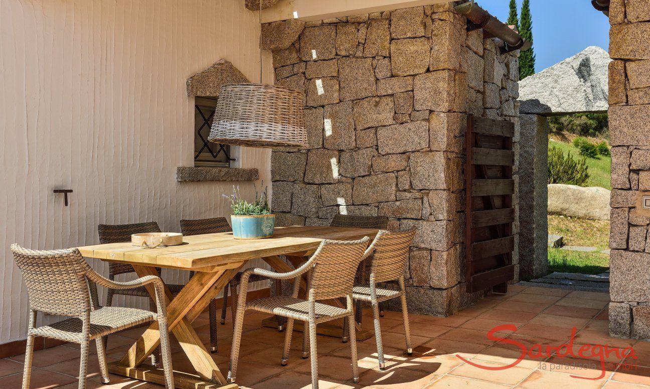Tavolo da Pranzo all'aperto sulla veranda di Li Conchi 5