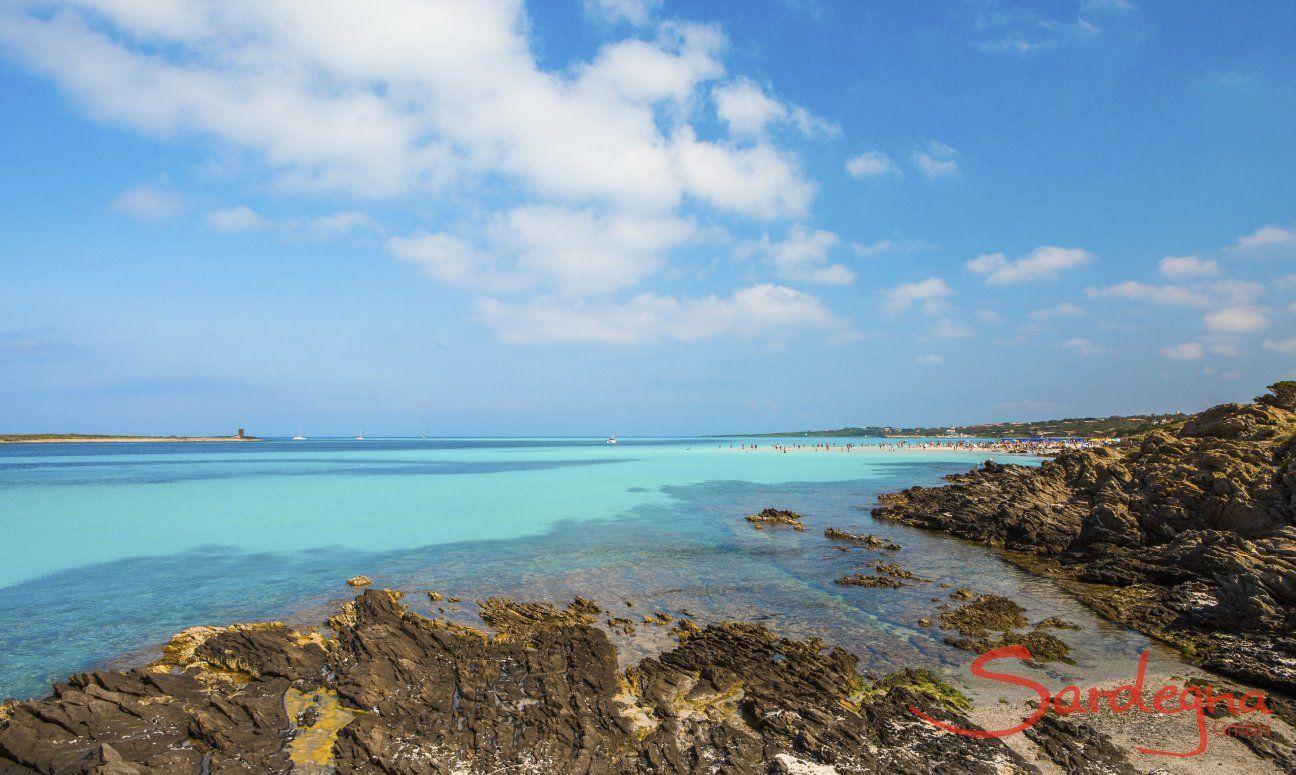 Colori affascinanti del mare, delle rocce e del cielo alla costa nord, La Pelosa Stintino