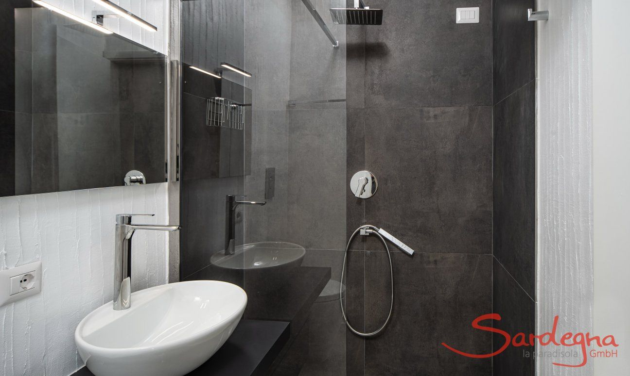 Bagno con doccia Casa1 Sant'Elmo