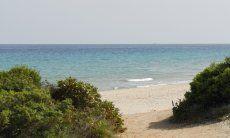Spiaggia lung 3 km di sabbia bianca di Santa Margherita a Pula