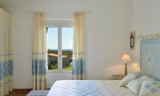Camera matrimoniale con vista giardino Li Conchi 10, Cala Sinzias