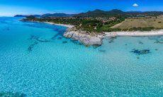 Mare cristallino di Sant Elmo, Sardegna del sud