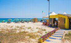 """Beach bar """"Bobo Beach"""" per tutte le occasioni: colazione, snack o aperitivi"""