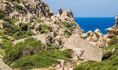 Rocce di Capo Testa, 25 km nord di Portobello