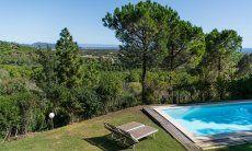 Esterni: Giardino, piscina privata e terrazza