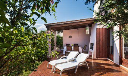 Profilo della casa, giardino e terrazza